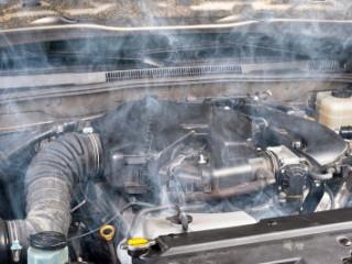 Kapotte motor auto